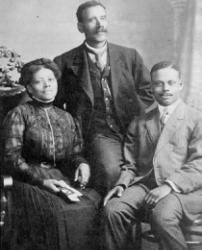 Old photograph of a family